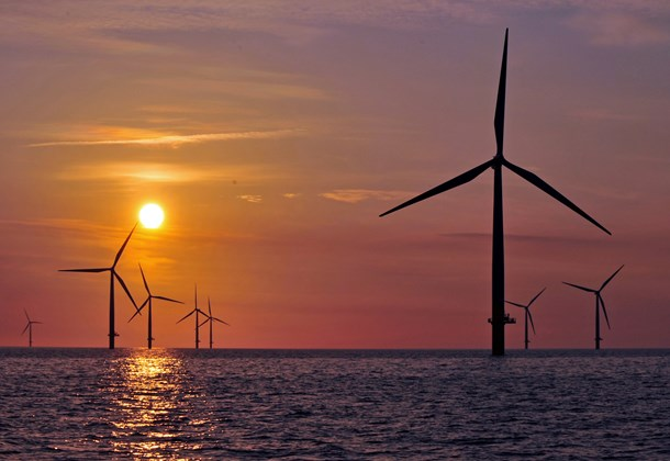 Sonnenuntergang am Windpark Baltic 1